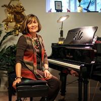 Leilani-at-piano_SquareW